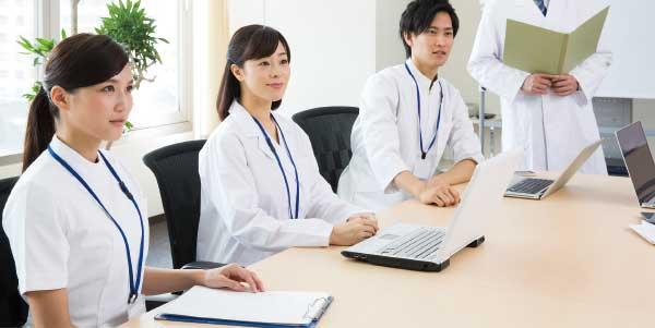 専門分化した病棟目標にあわせて年間の研修計画を立てています